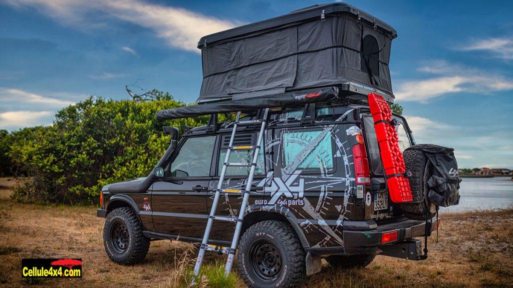 Les tentes rigides Euro 4x4 Parts sont disponibles en deux tailles et deux couleurs