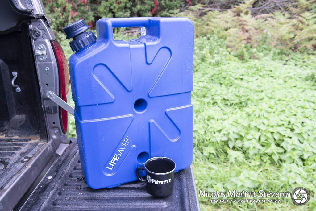 Le jerrycan contient 18.5 l d'eau