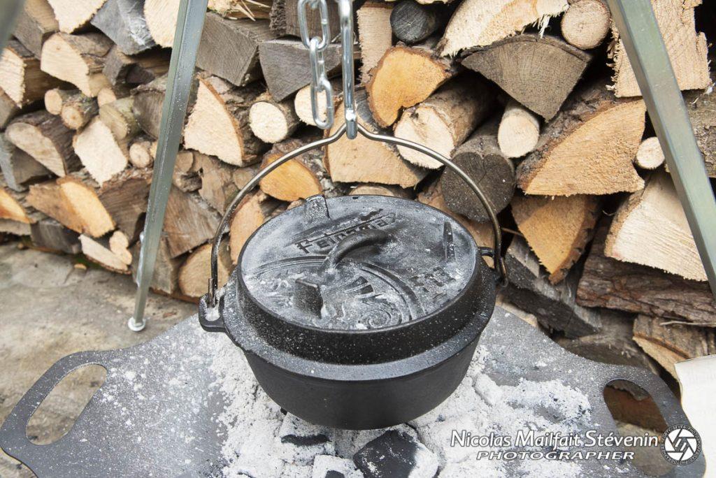 Eloignez votre cocotte du feu pour laisser mijoter doucement