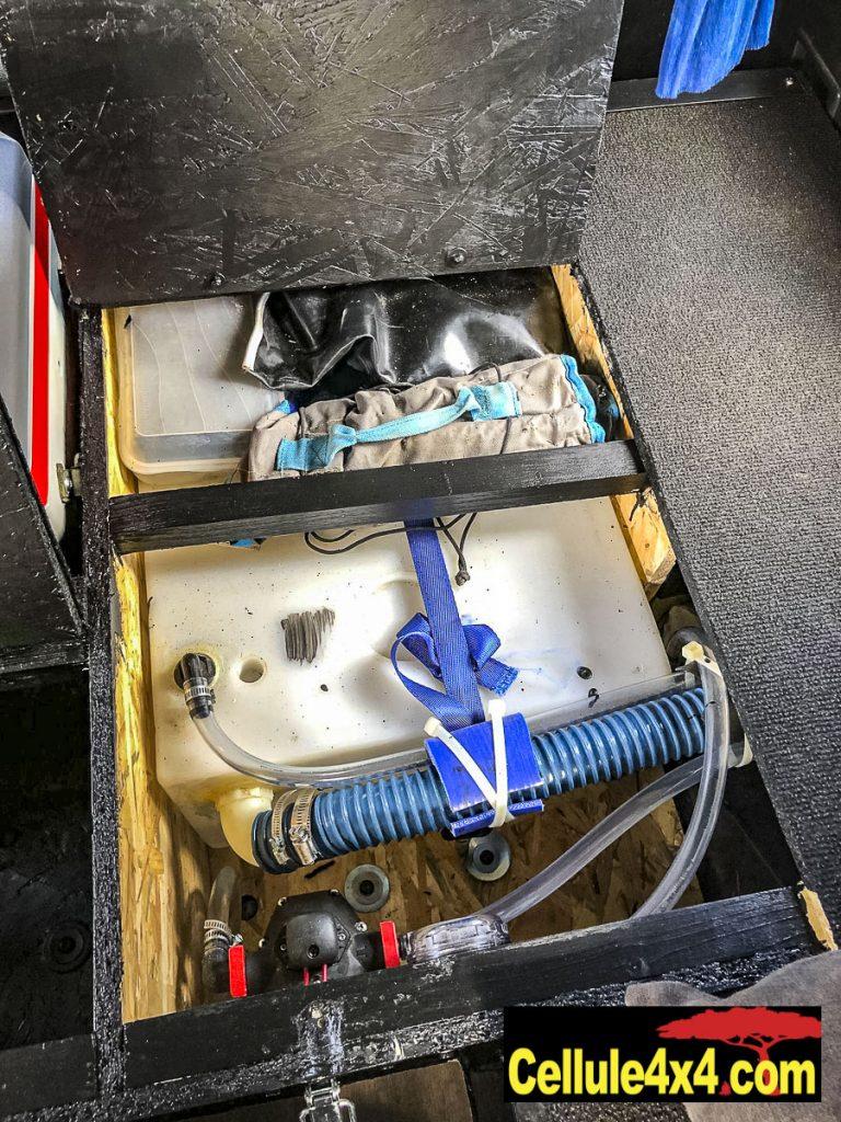 réservoir d'eau, pompe