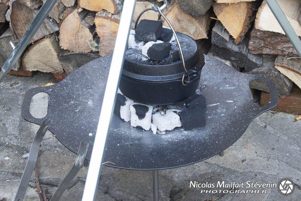 J'ai ensuite mis la cocotte en hauteur pour ne pas que ça cuise trop vite en bas
