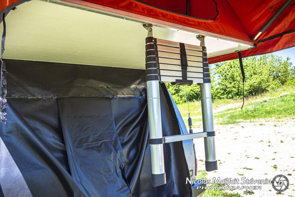 Bonne idée : l'échelle télescopique pour la tente !