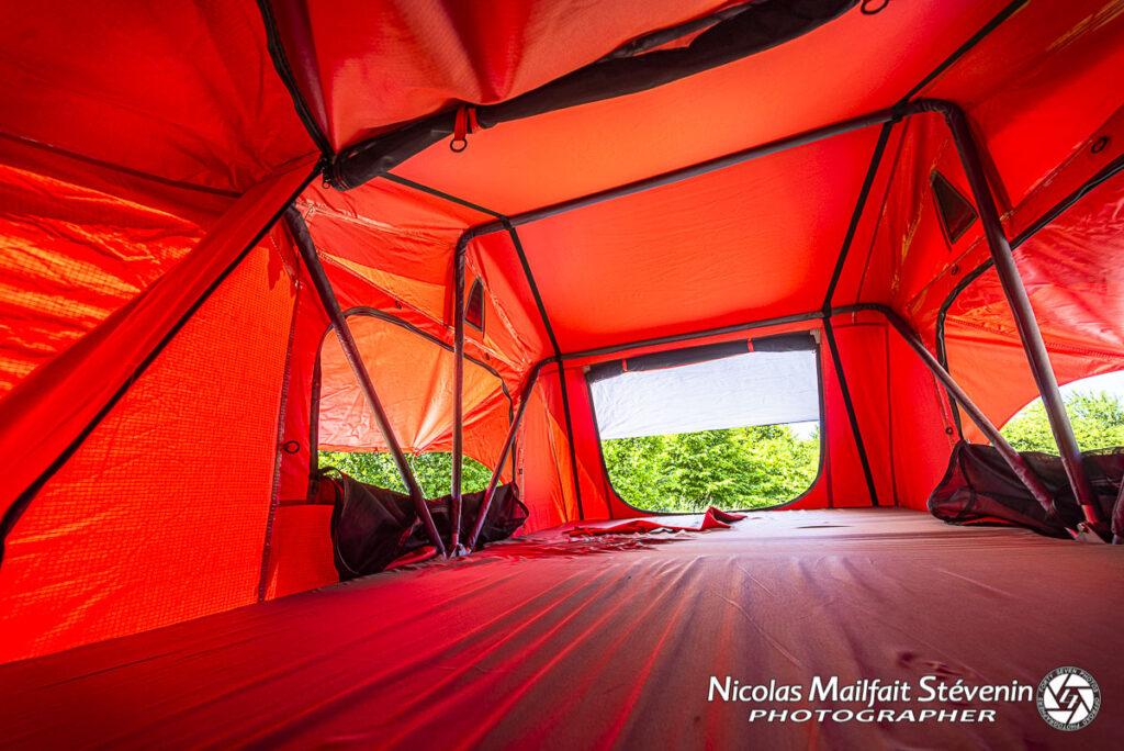 L'intérieur de la nouvelle tente de toit est un peu plus grand que l'ancien
